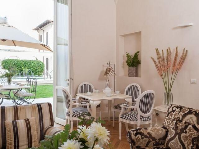 Villa in Toscana con piscina (Viareggio) - Dettagli della camera di Luxury Villa Manin Viareggio UNA Esperienze