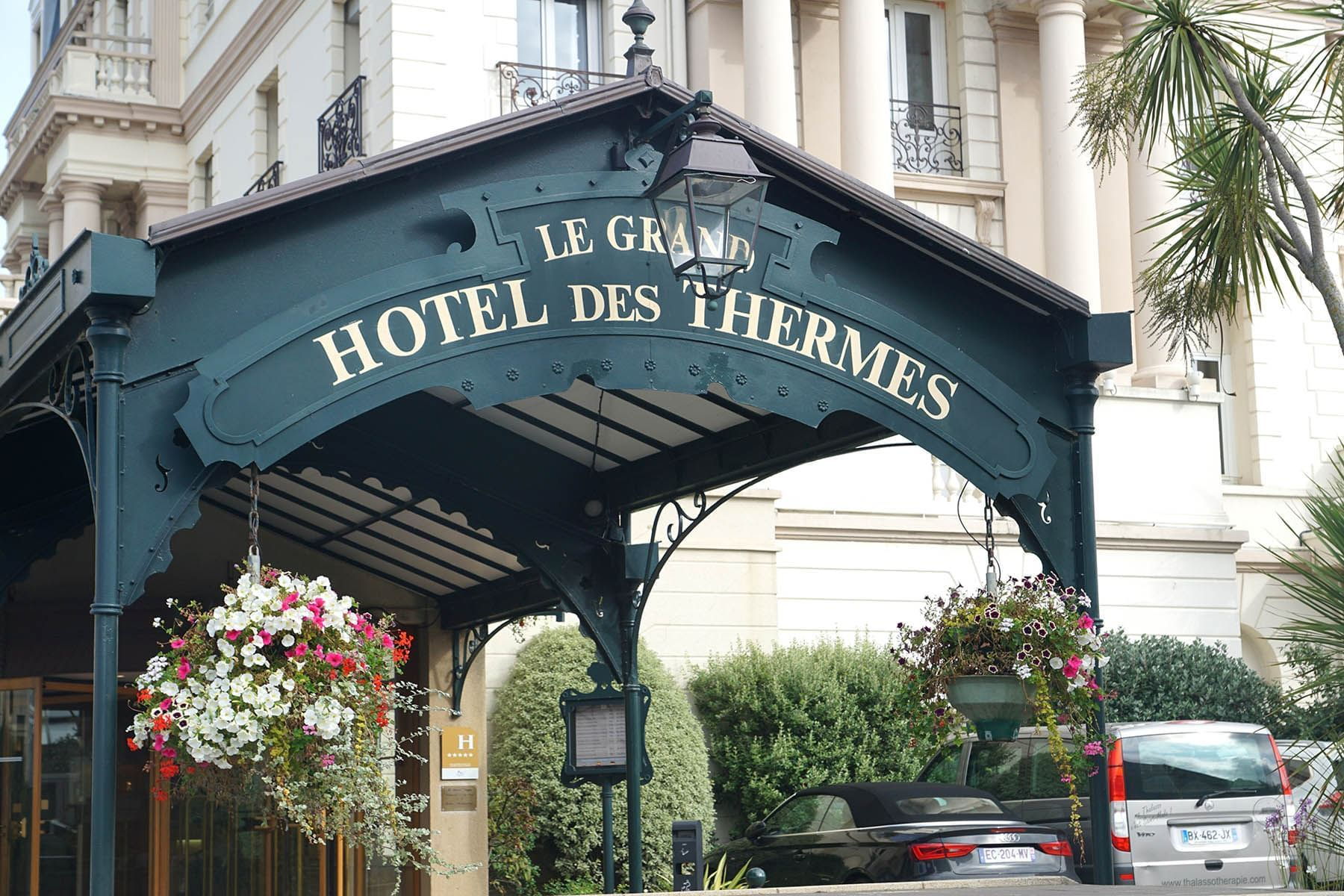 Entrance to Hotel at Grand Hotel des Thermes