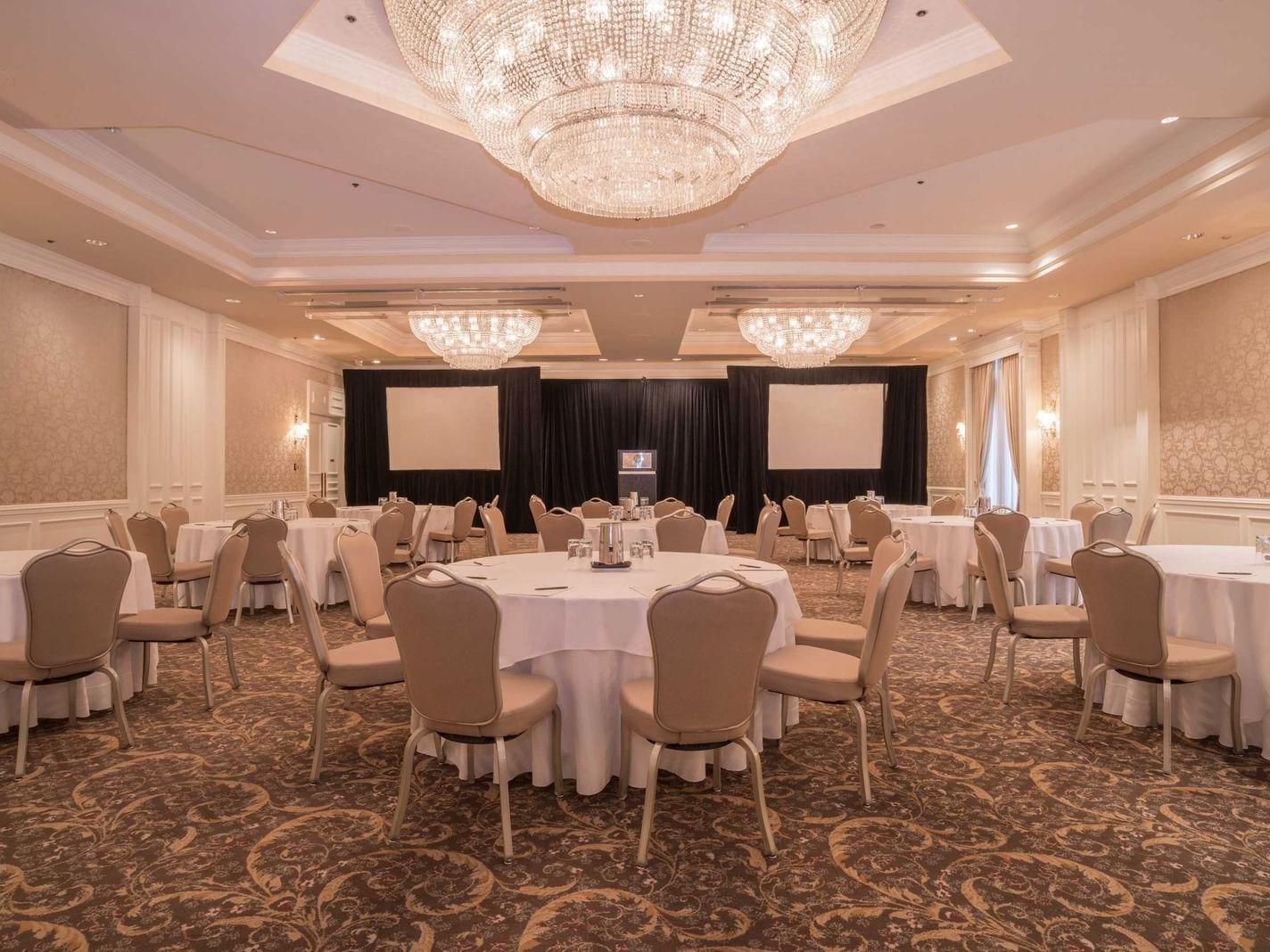Le Versailles Ballroom (A & B) The Sutton Place Hotels