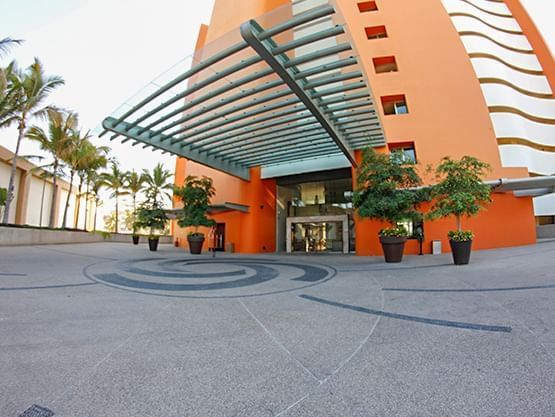 Parking Lot  at Sunset Plaza Beach Resort