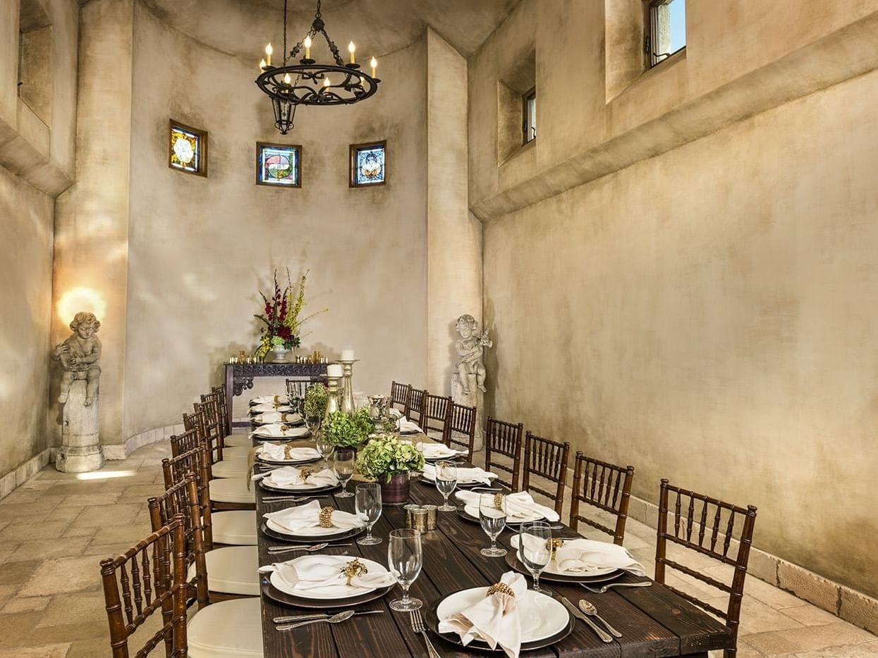 Abbey private dining room set for sixteen