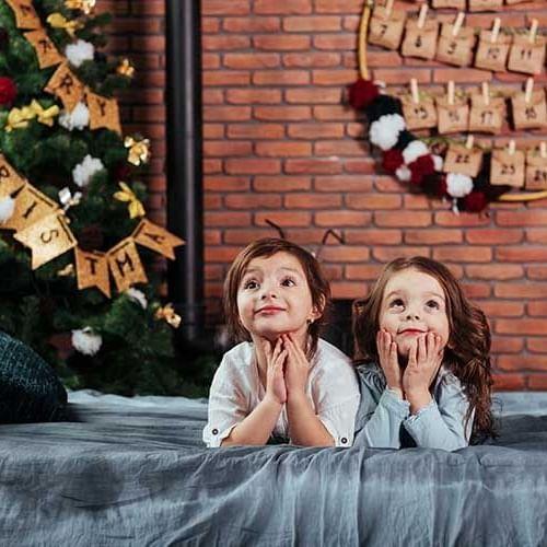 Children await their Orlando travel during the holidays