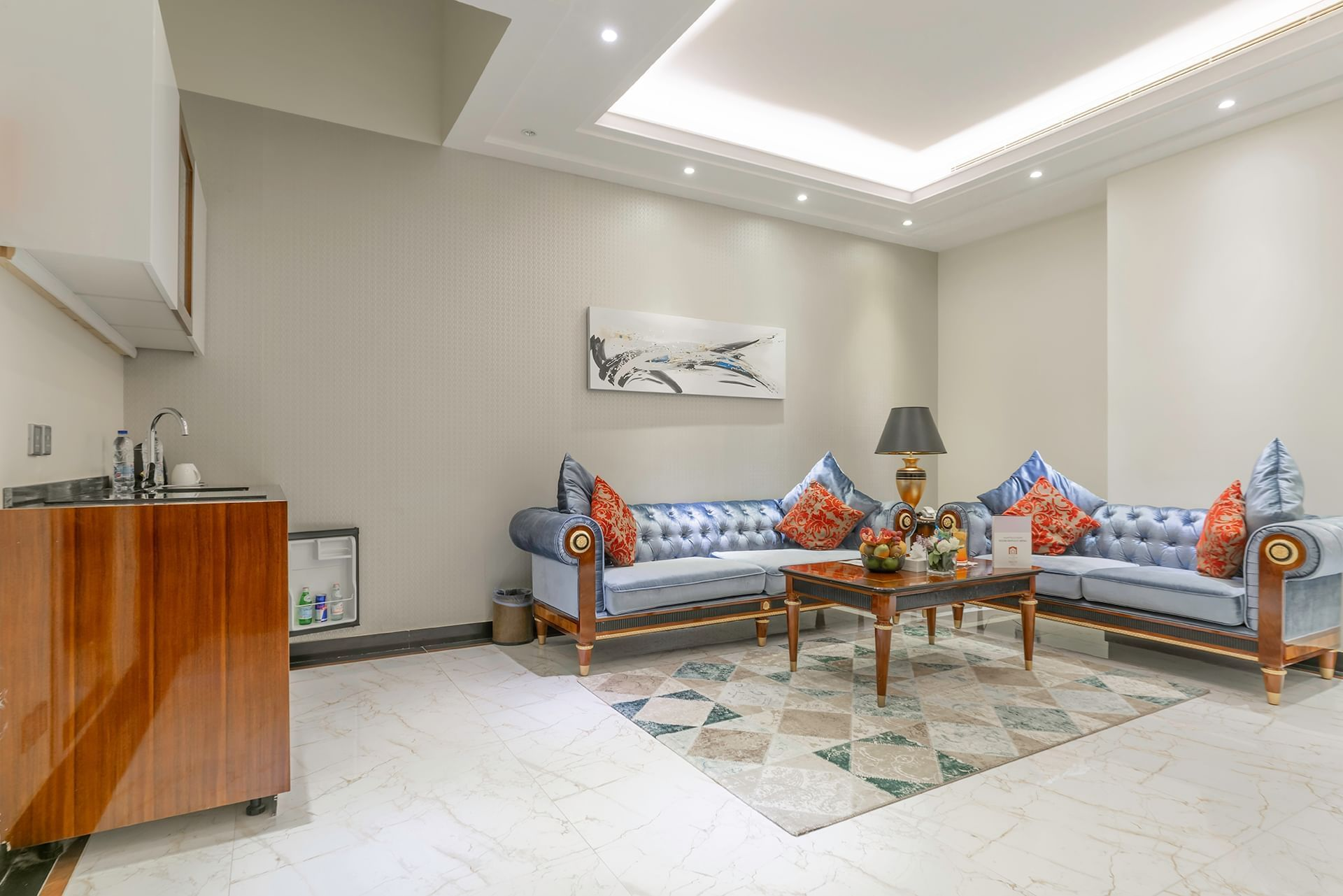Deluxe Suite at Makeen Homes by Warwick