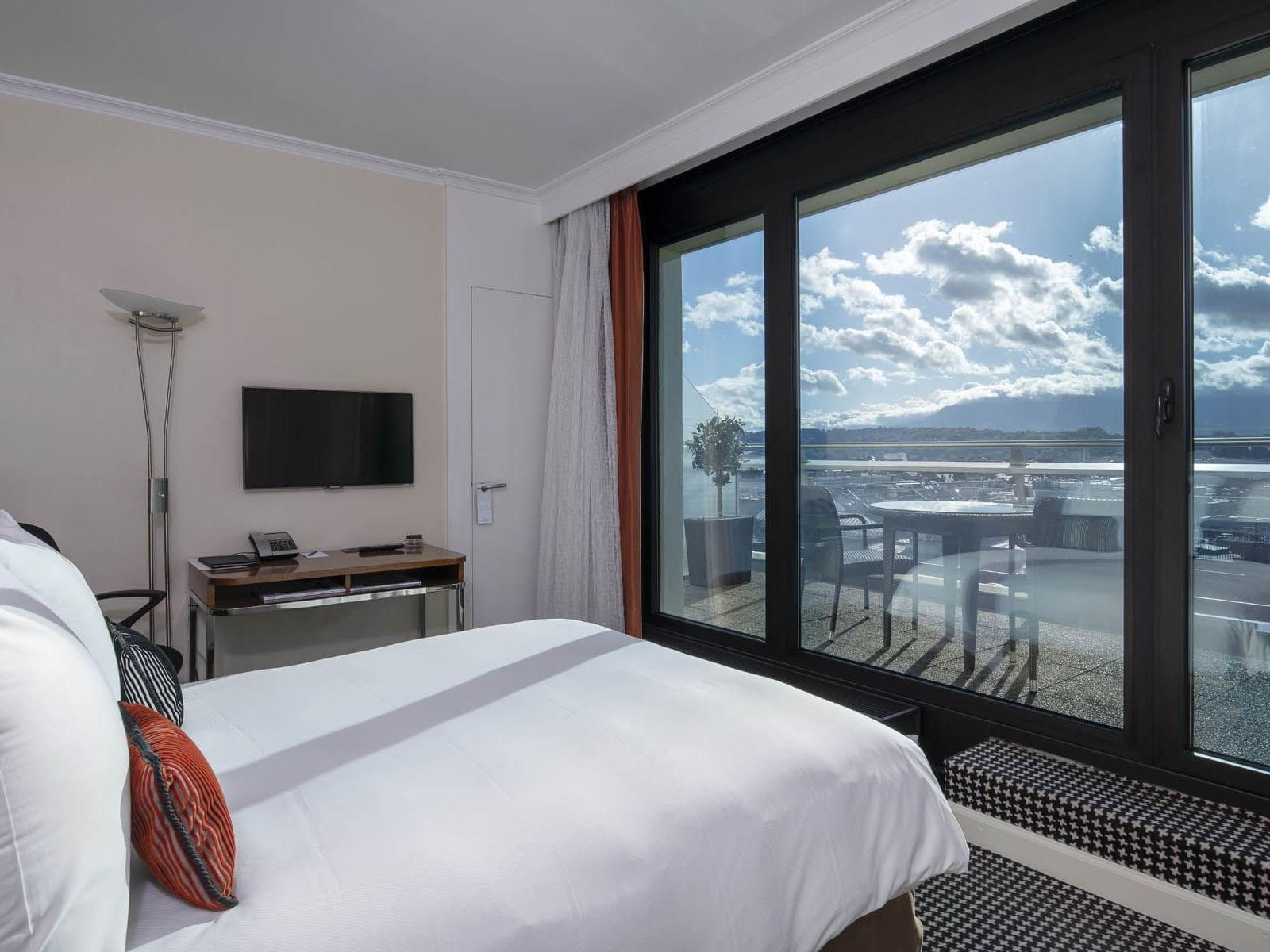 Penthouse Terrace Room