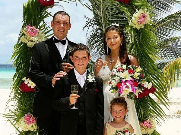 Family Photo at Weddin