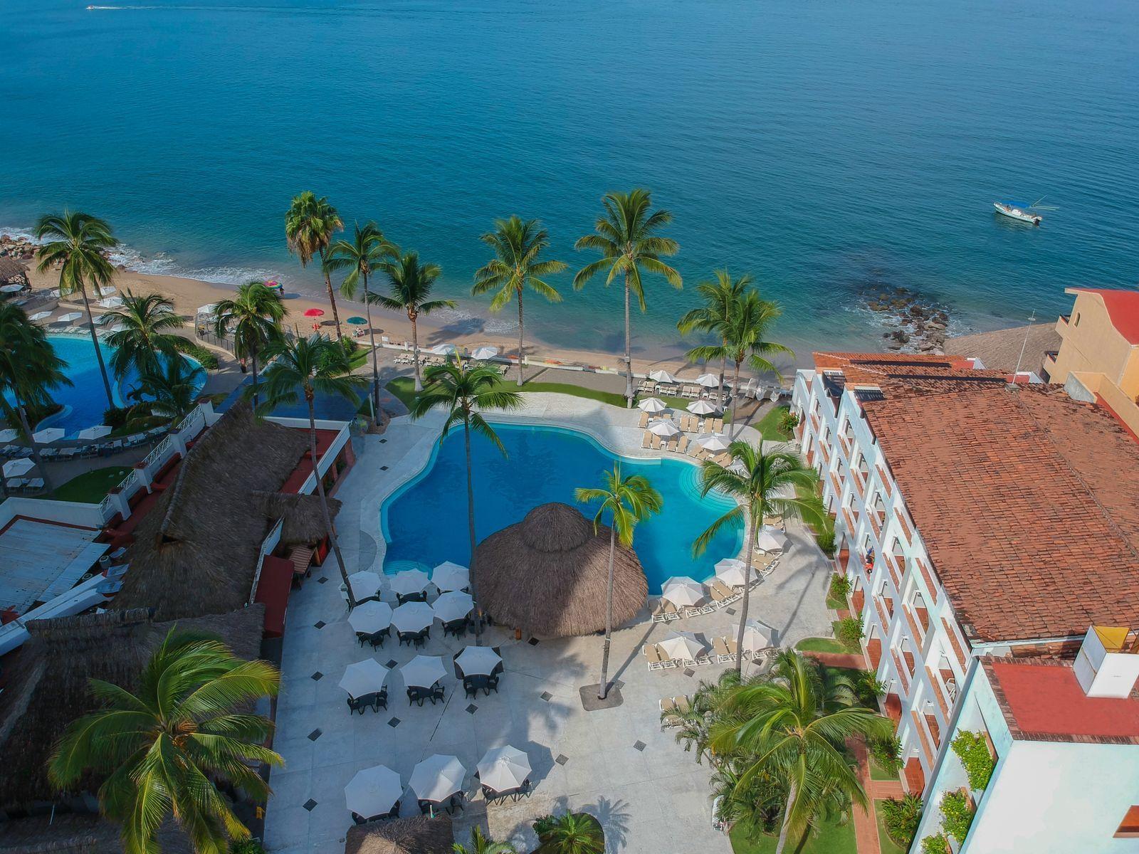 Pool Arial at Plaza Pelicanos Club Beach Resort