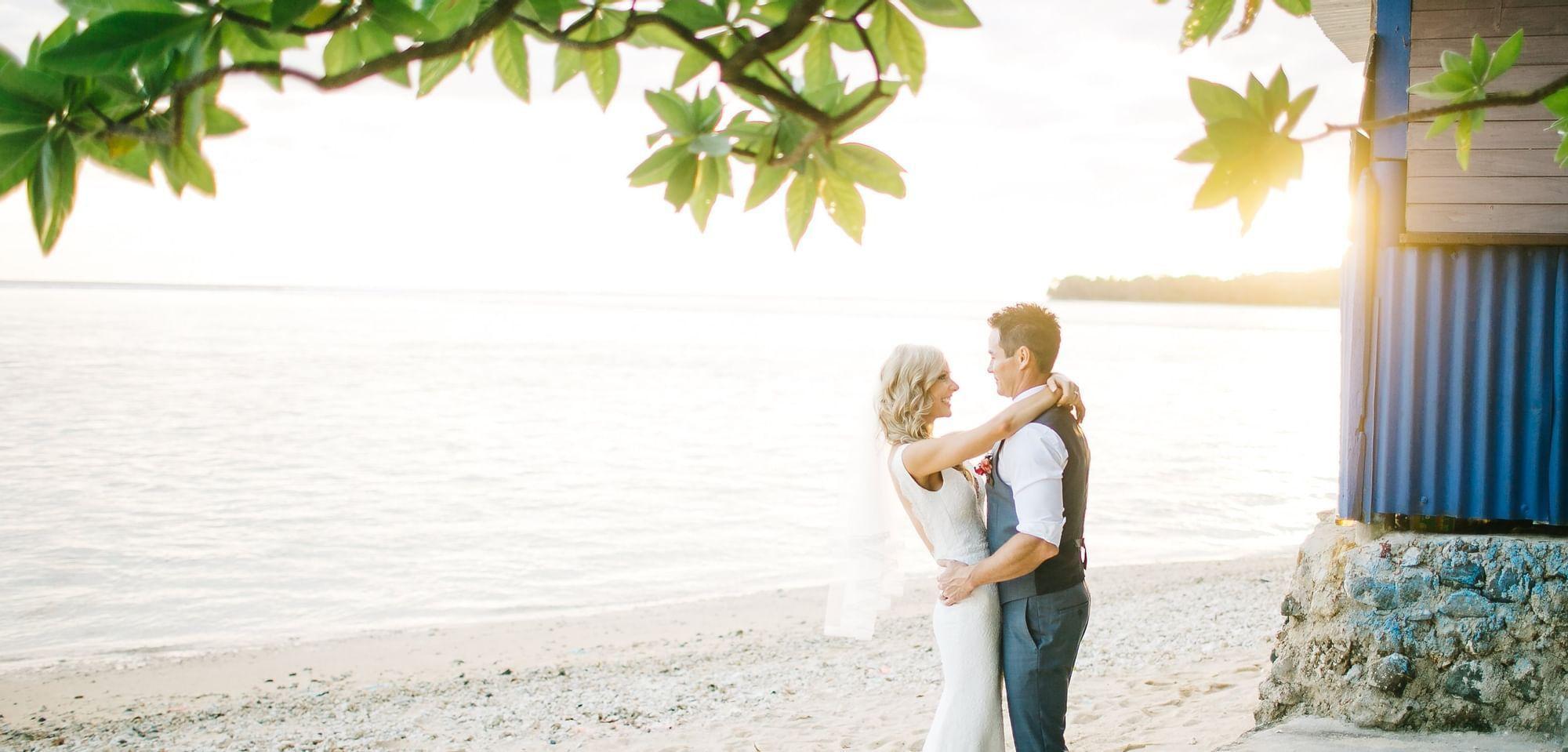 Wedding Couple by the Beach Warwick Fiji