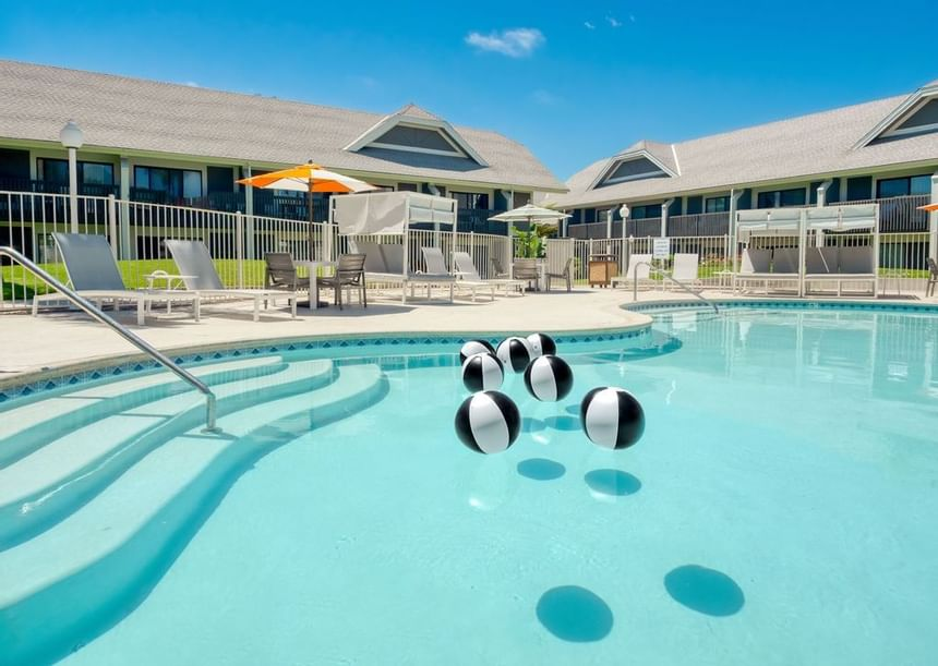 Hotel Pool | Family Friendly Hotels | Carlsbad by the Sea Hotel