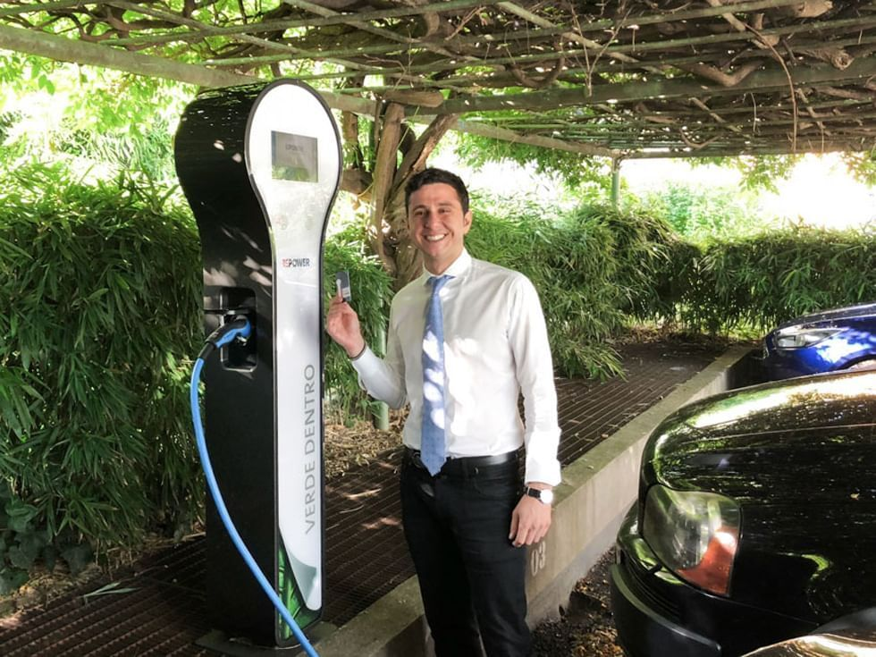 Hotel in Turin   Charging station electric cars