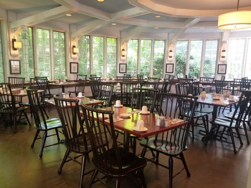 Interior view of the dining area in Seasons Restaurant at Avon Old Farms Hotel