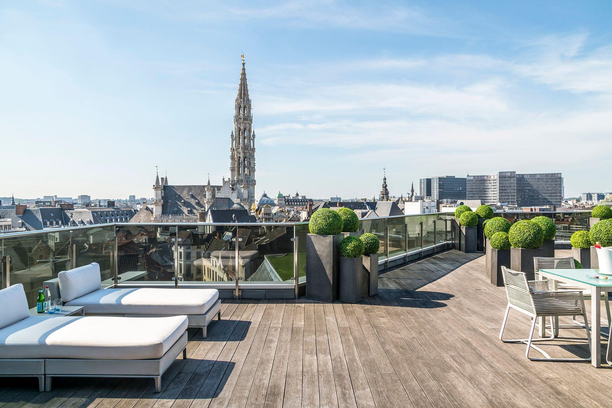 Suite Grand Place Terrace with transats