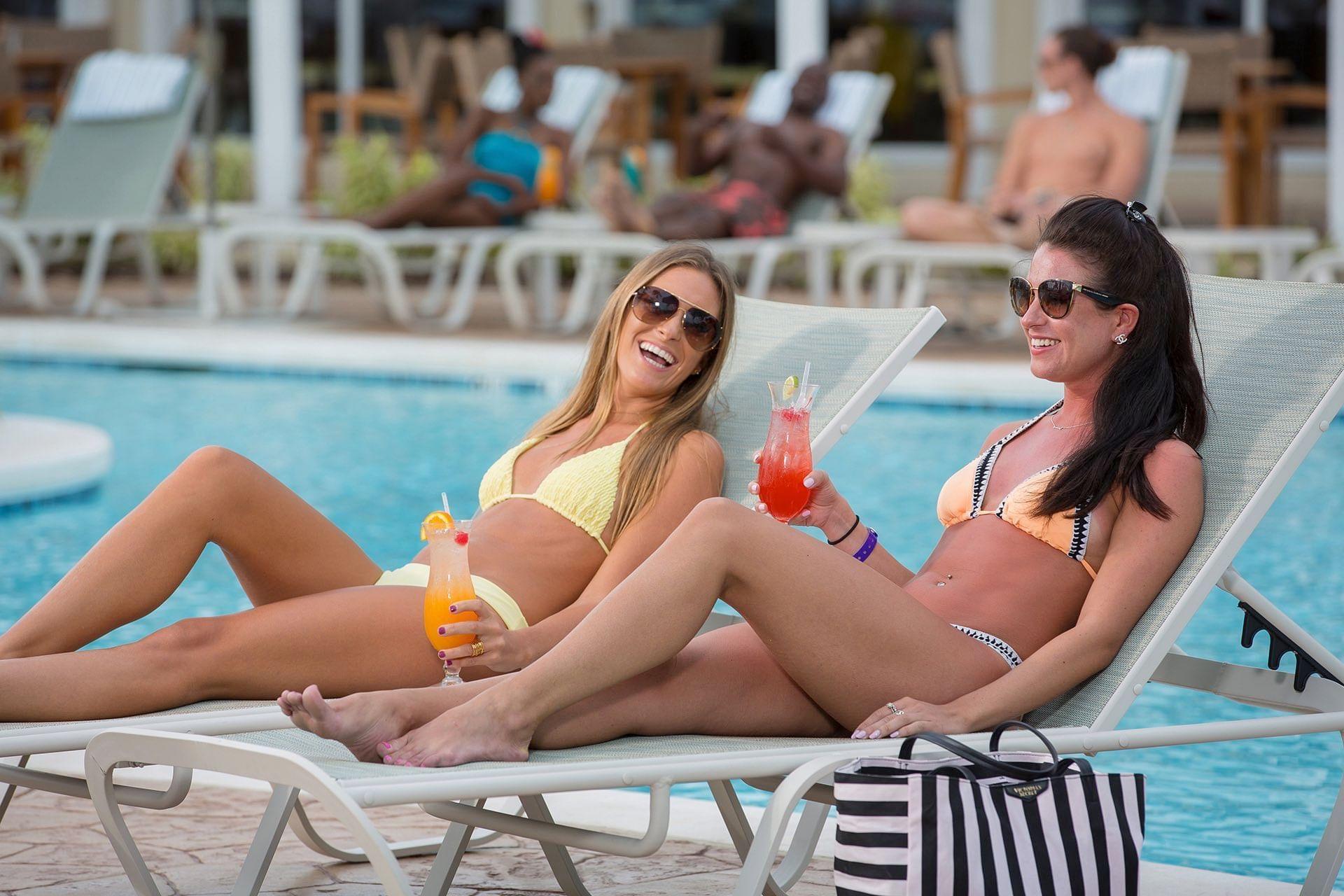 Drinks at Warwick Paradise Island Bahamas
