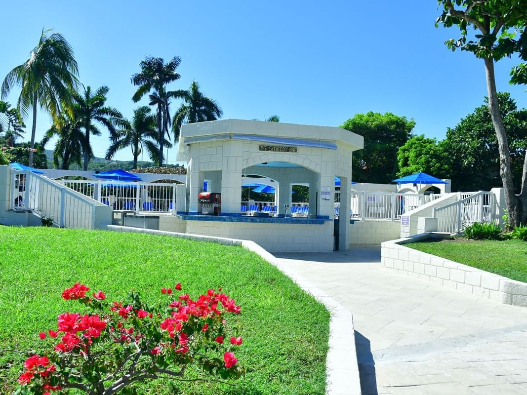 Exterior view of Big Smaddy near Holiday Inn Montego Bay