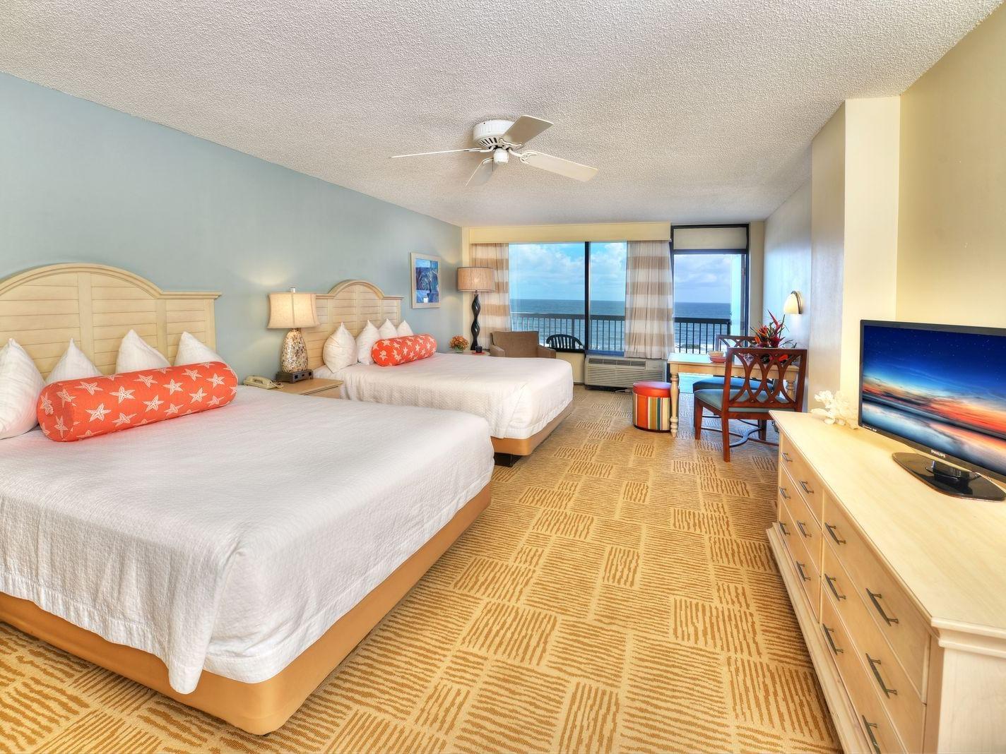 Oceanview Suite Kitchenette