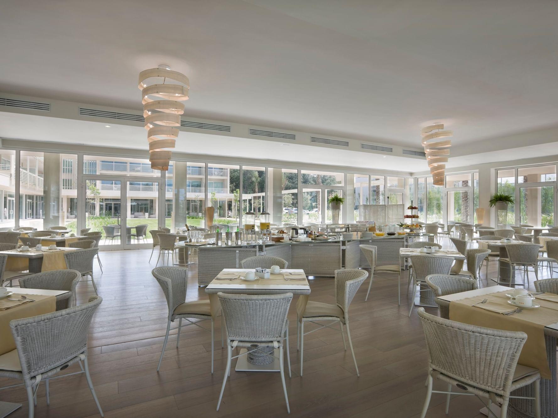 Versilia Garden Bar & Restaurant by