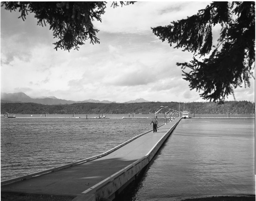 An ancient picture of the Alderbrook Dock