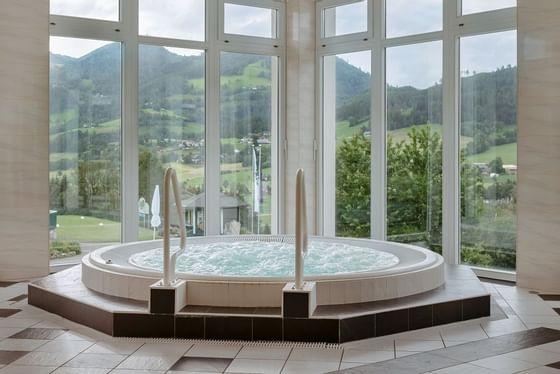 IMLAUER Hotel Schloss Pichlarn Wellnessbereich