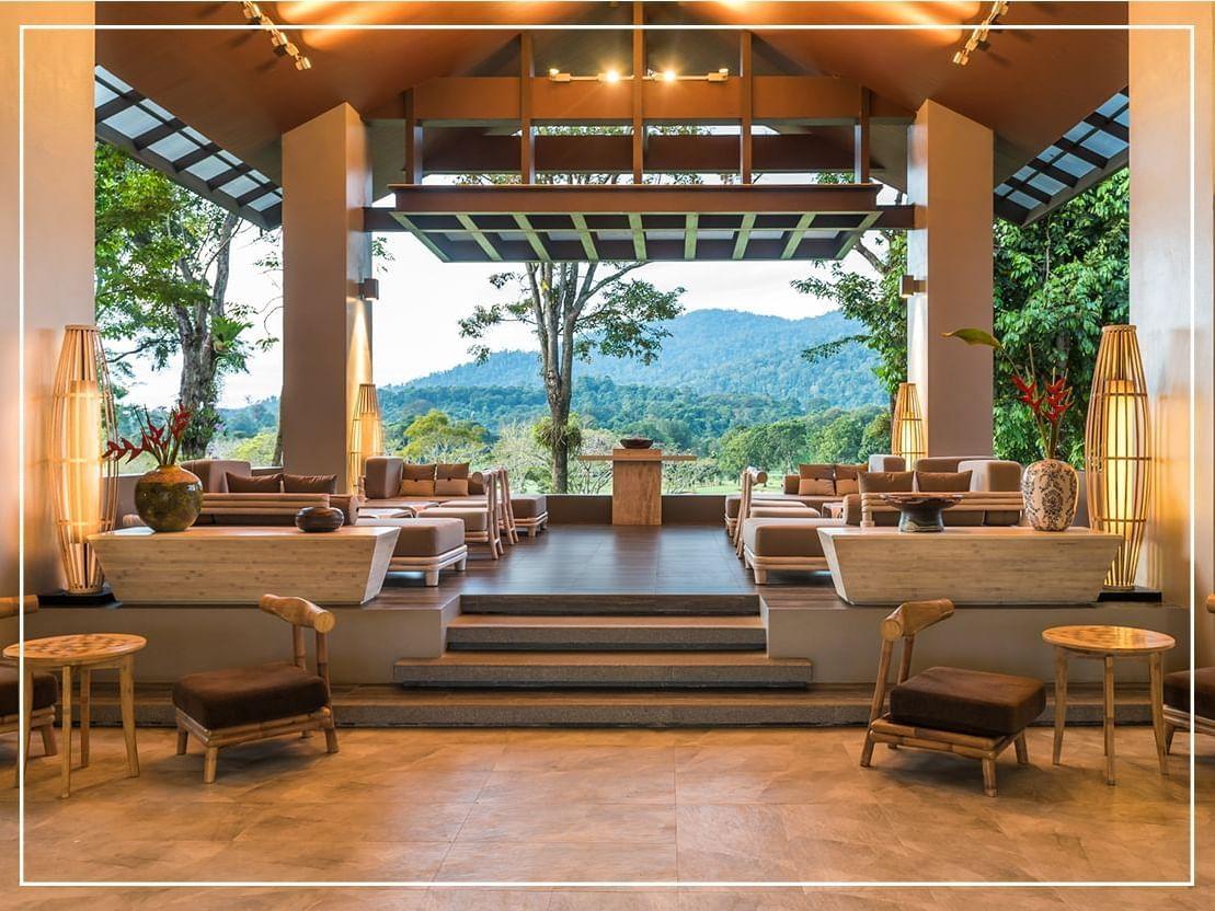 Lobby Sitting Area at Chatrium Golf Resort Soi Dao Chanthaburi