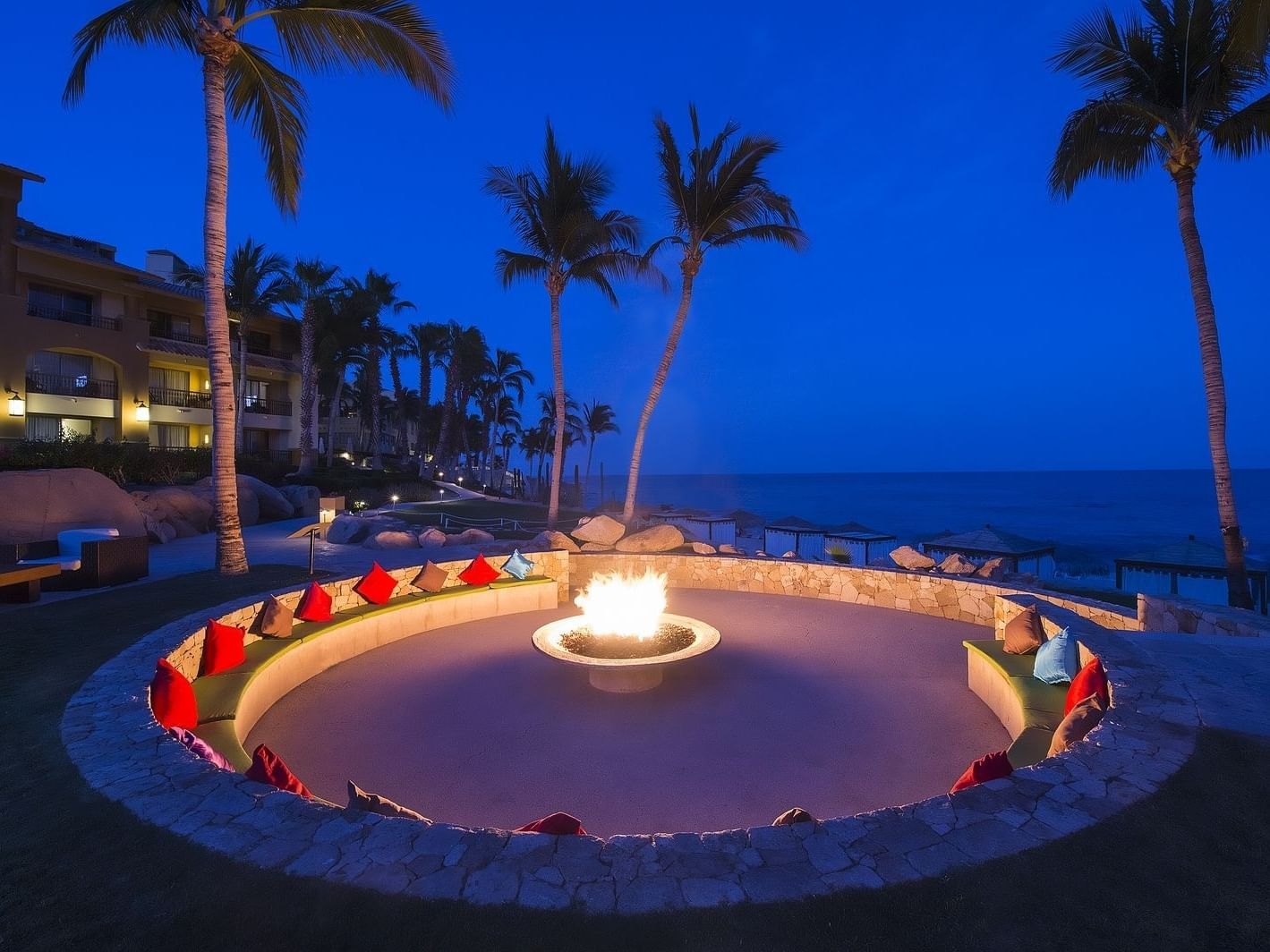 Tapas Bar and Fire Pit in GFA Los Cabos All Inclusive Golf