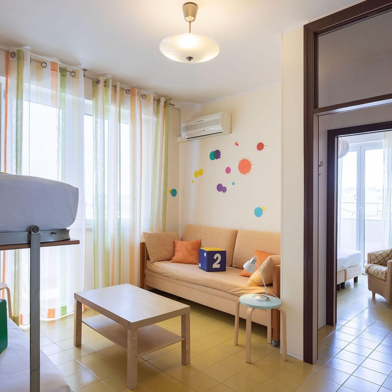 Conchiglia Family Room