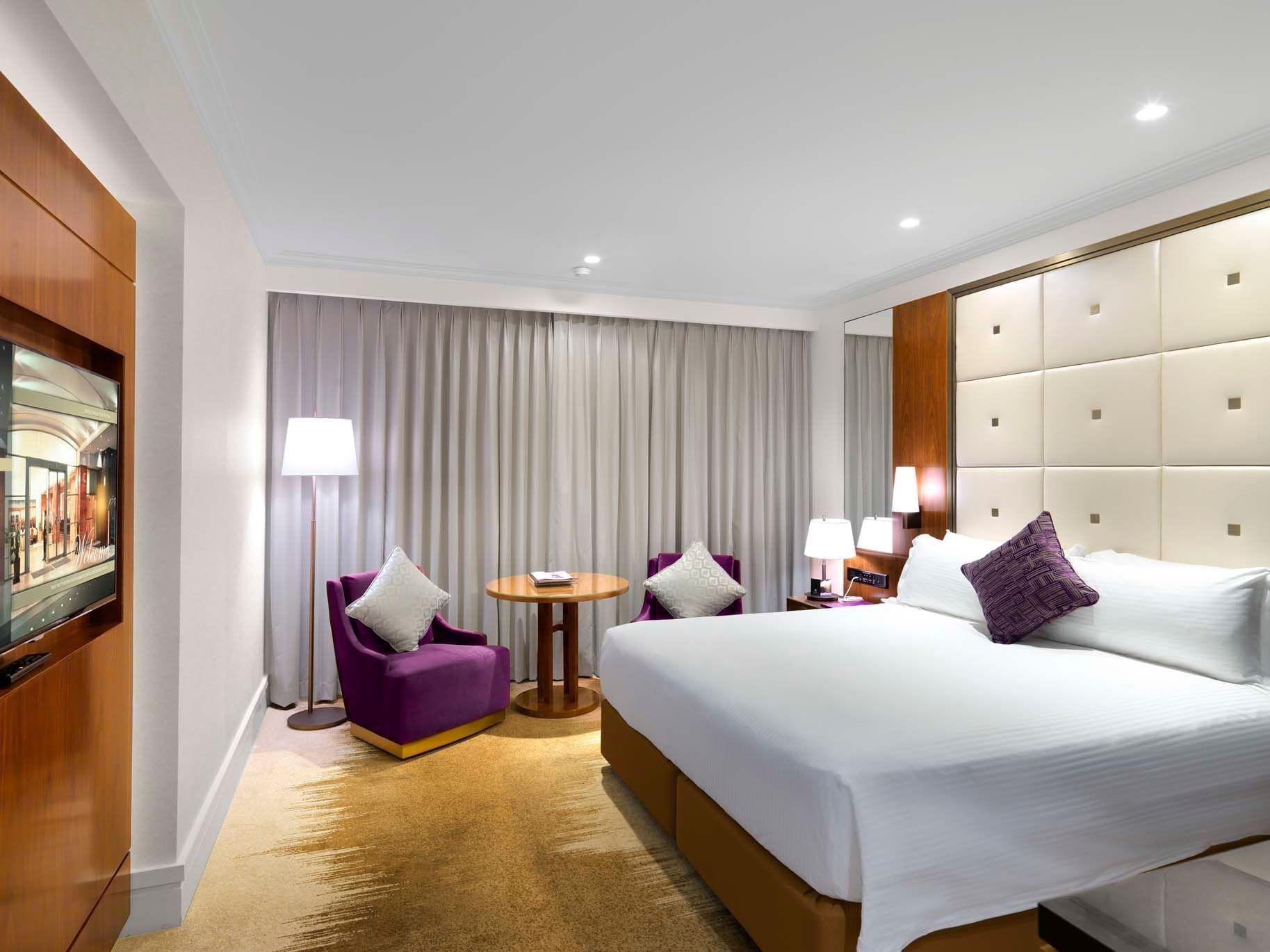 Deluxe Tower King Room at Amora Hotel at Amora Hotel