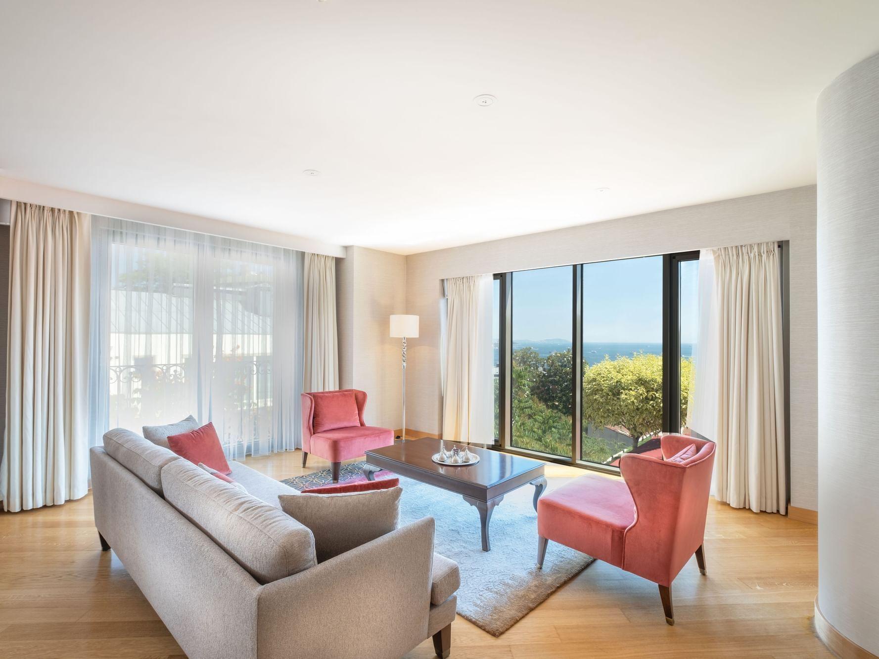 Living area in a room at CVK Park Prestige Suites