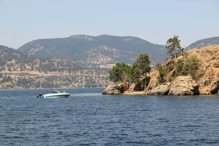 Boating at Okanagan lake near Outback Lakeside Vacation Homes