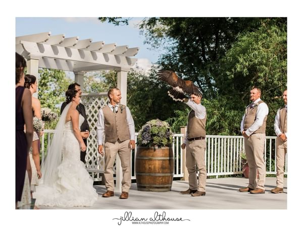 Outdoor wedding at Gettysburg.
