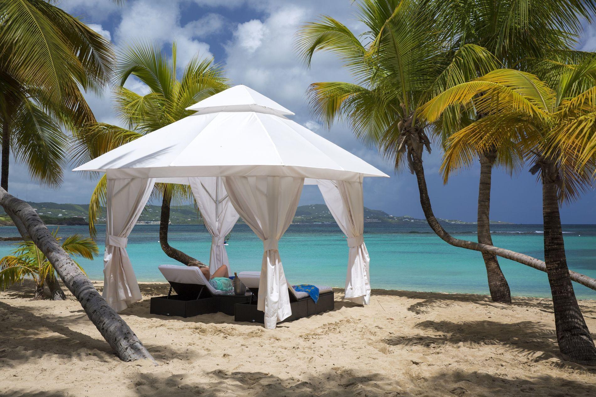 Mermaid  Beach Cabana