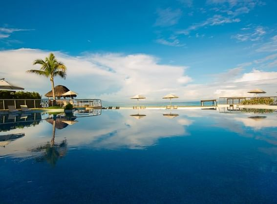 Family pool at Sunset Plaza Beach Resort