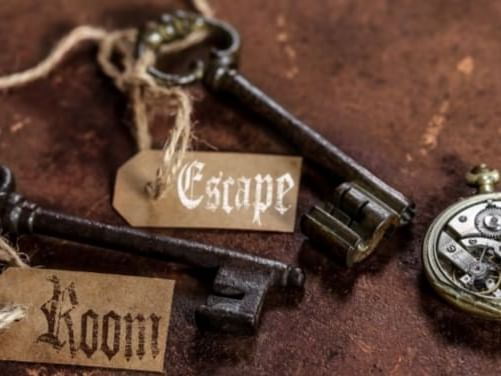 keys that say escape and room