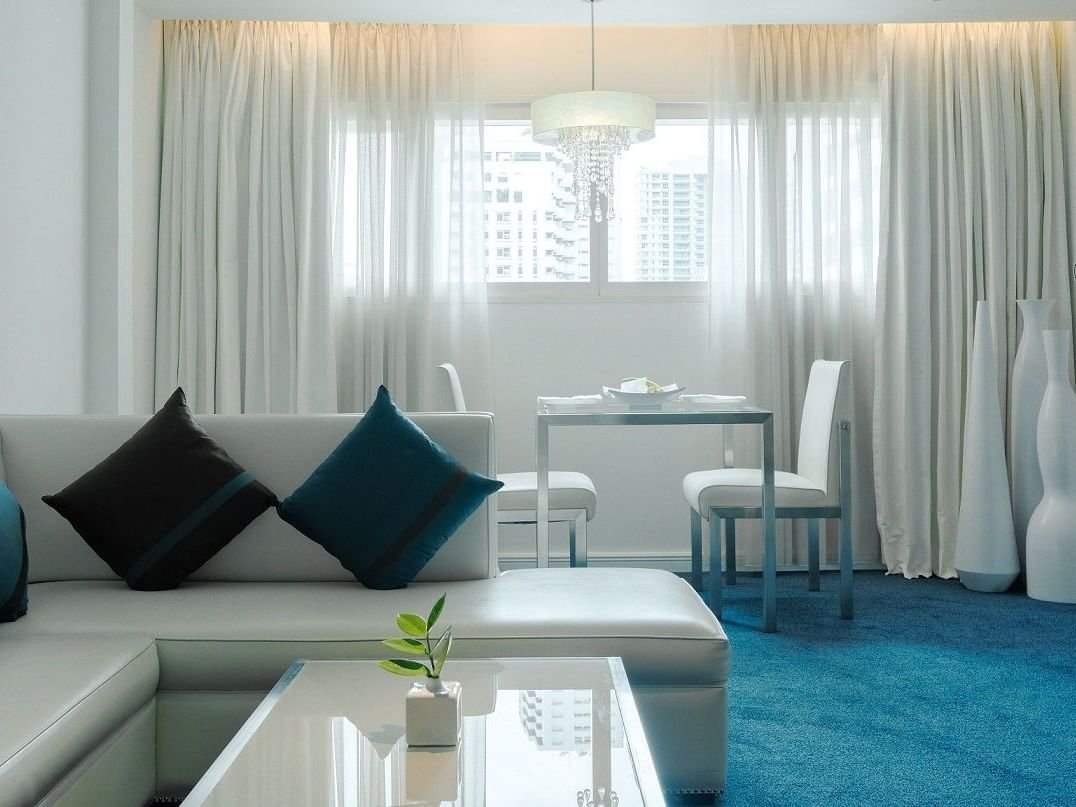 sofa set with dining table in Platinum Suite Dream Bangkok