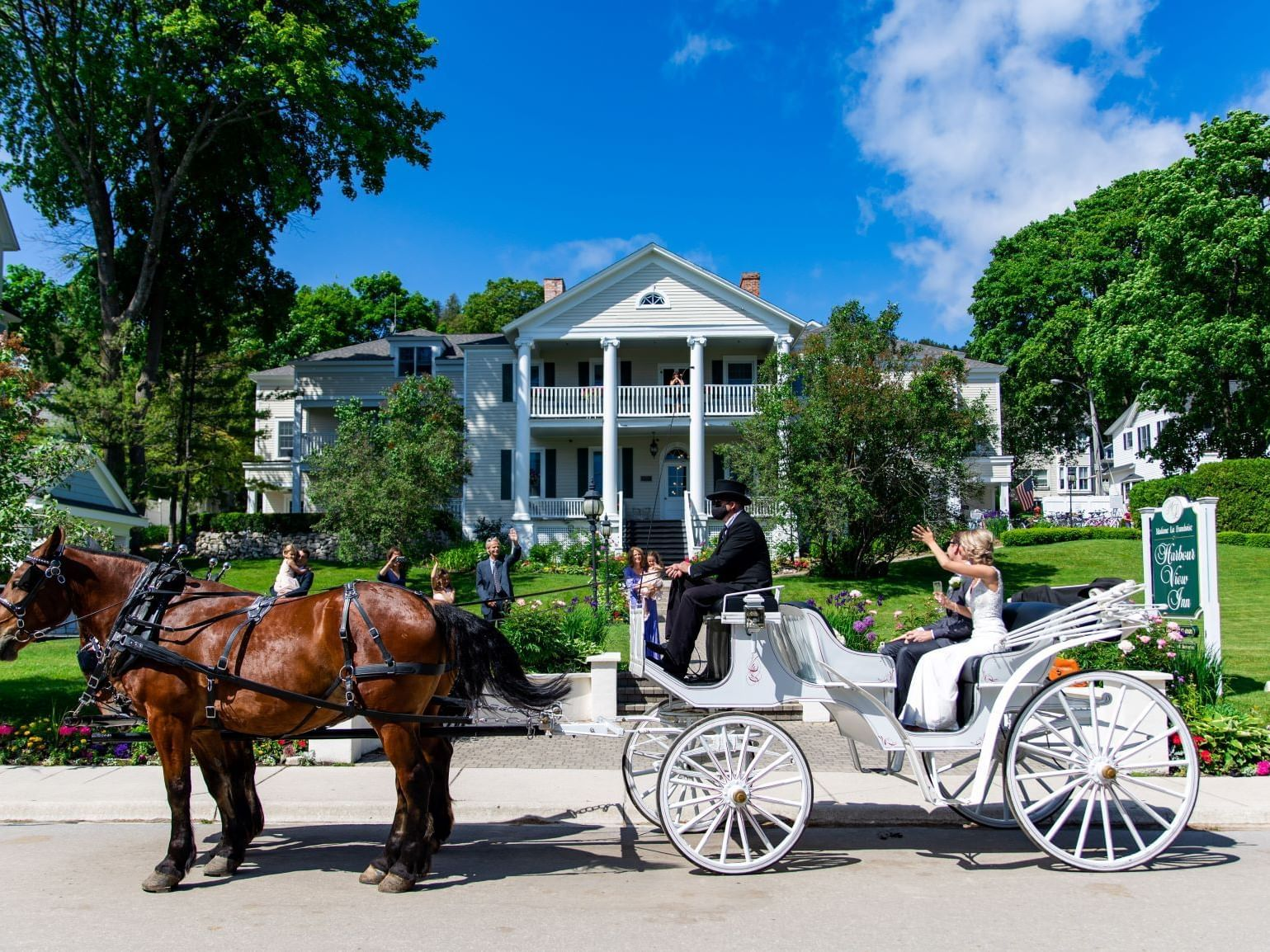 Wedding Carriage at Harbour View Inn