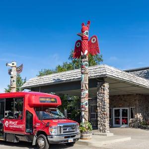Coast Inn at Lake Hood with Airport Shuttle