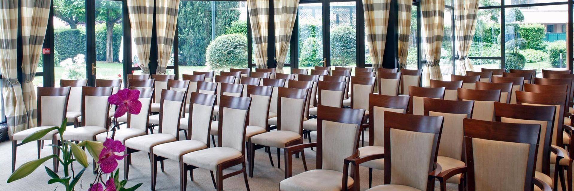 Meetings at Warwick Reine Astrid-Lyon