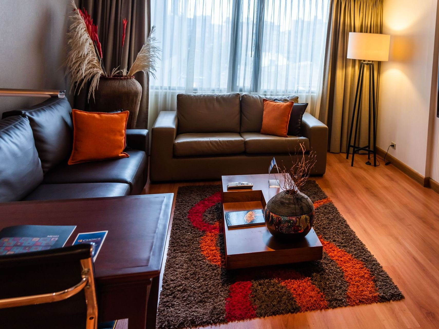 Living area in Non-Smoking King Suite at Bogotá Plaza Hotel