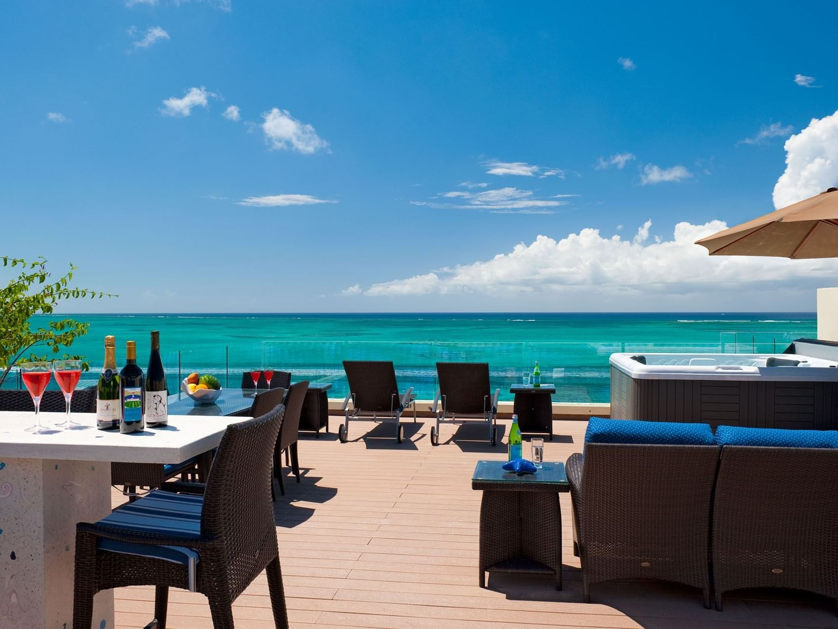 View of Rooftop terrace at Windsong Resort On The Reef