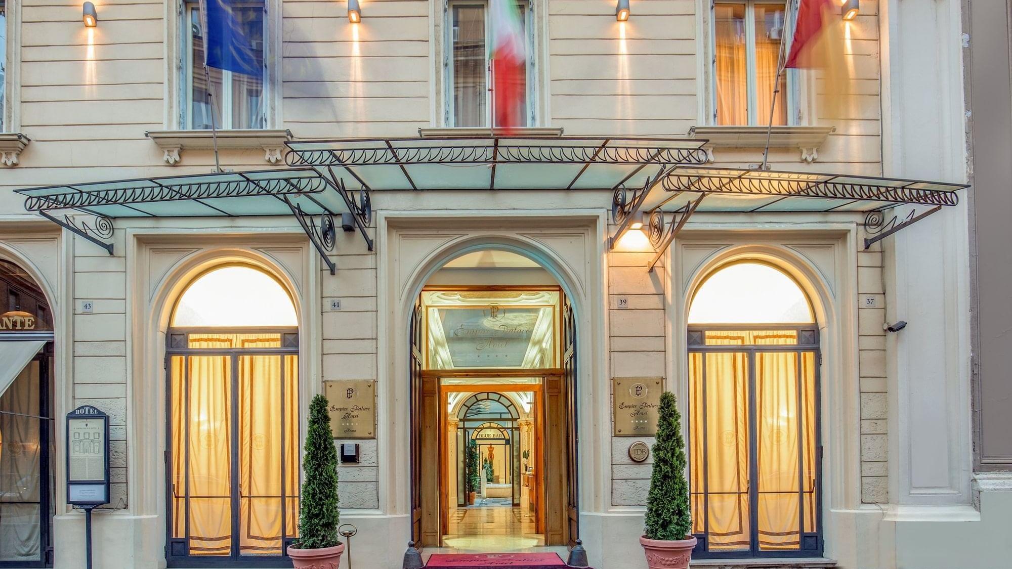 Willkommen im UNAWAY Hotel Empire Roma