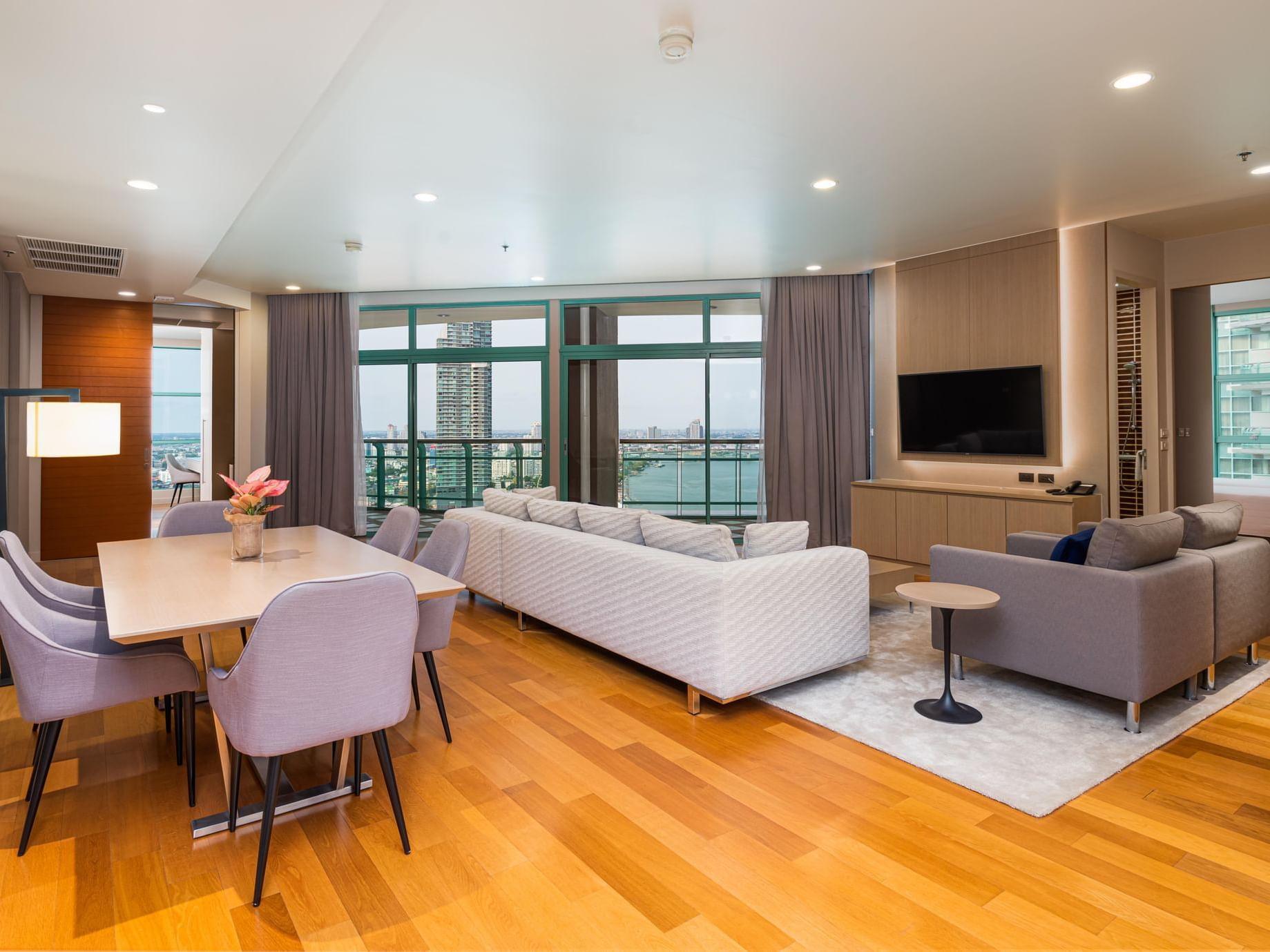 Premier three bedroom at Chatrium Residence Riverside Bangkok