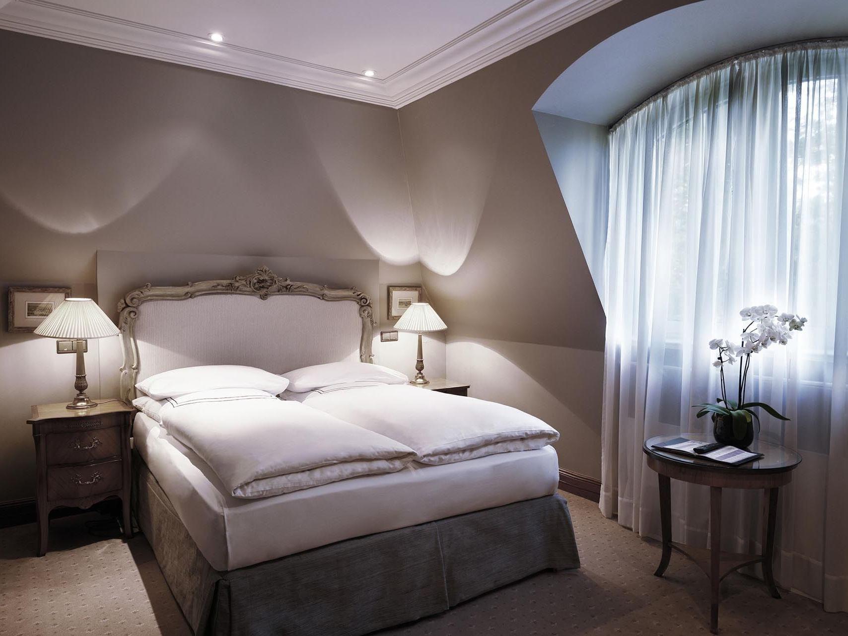 King Deluxe Bedroom at Patrick Hellman Schlosshotel