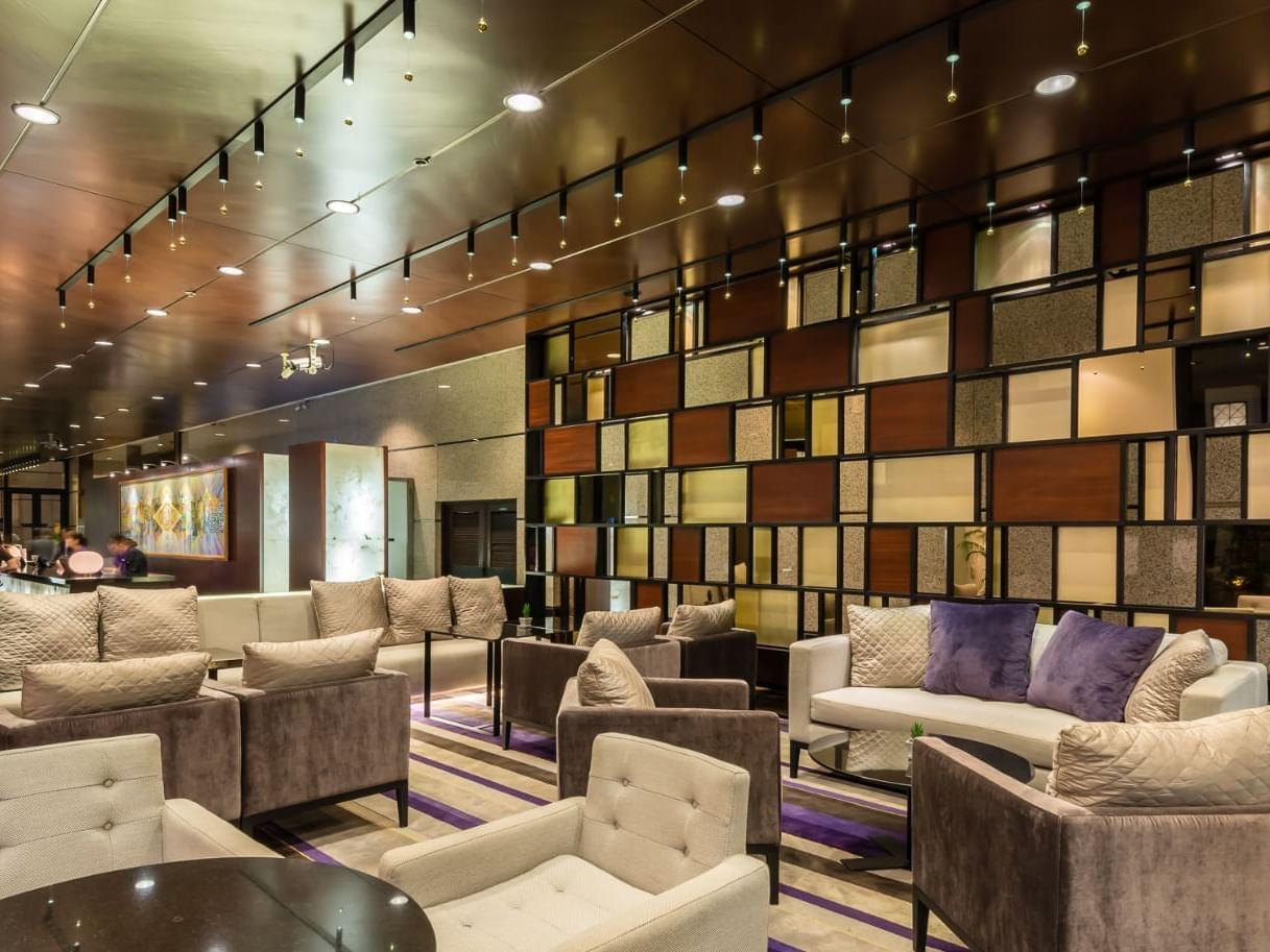 View of Lobby Lounge at Chatrium Hotel Royal Lake Yangon