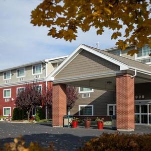 Coast Hilltop Inn - Exterior