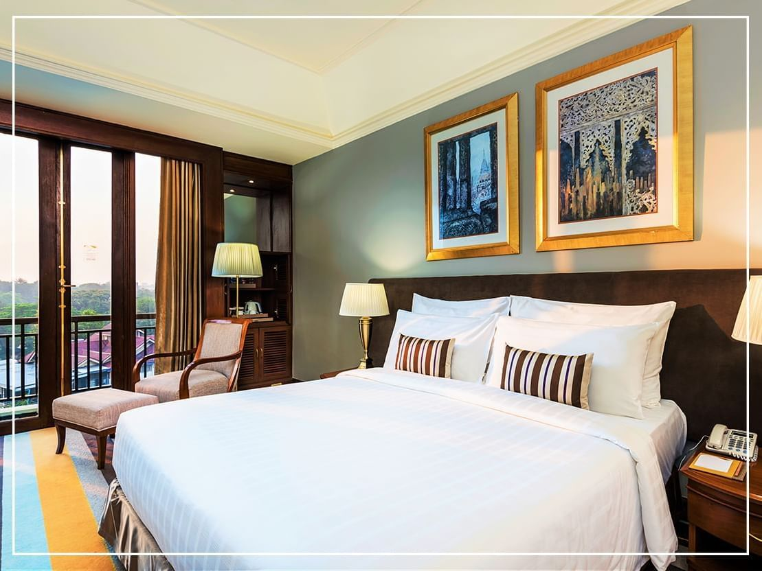 Grand Deluxe Room City View with king bed at Chatrium Hotel Royal Lake Yangon