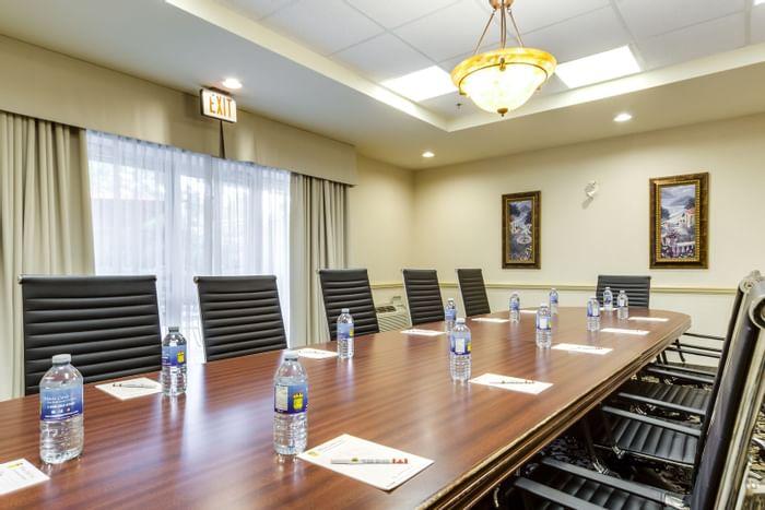 Meeting Rooms - Monte Carlo Inns