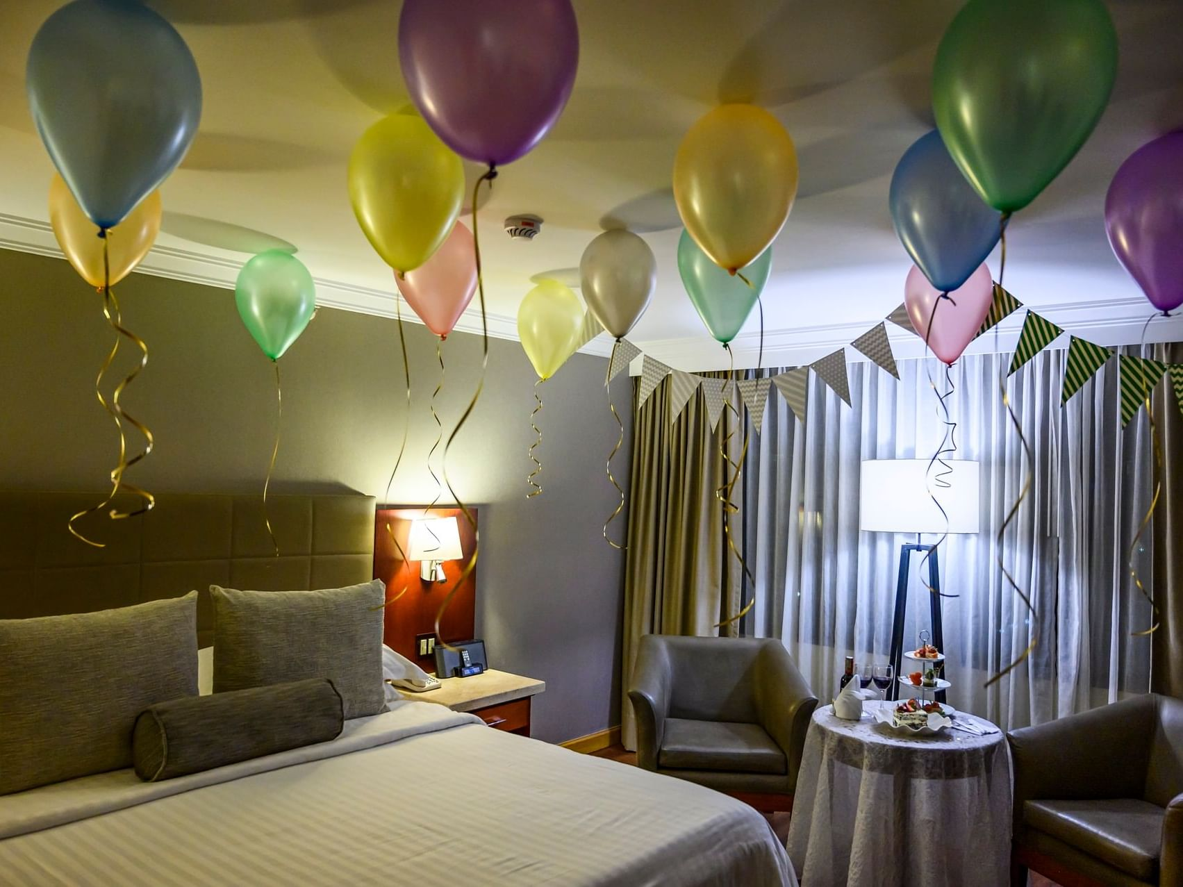 Guest room decorated for birthday at Bogotá Plaza Hotel