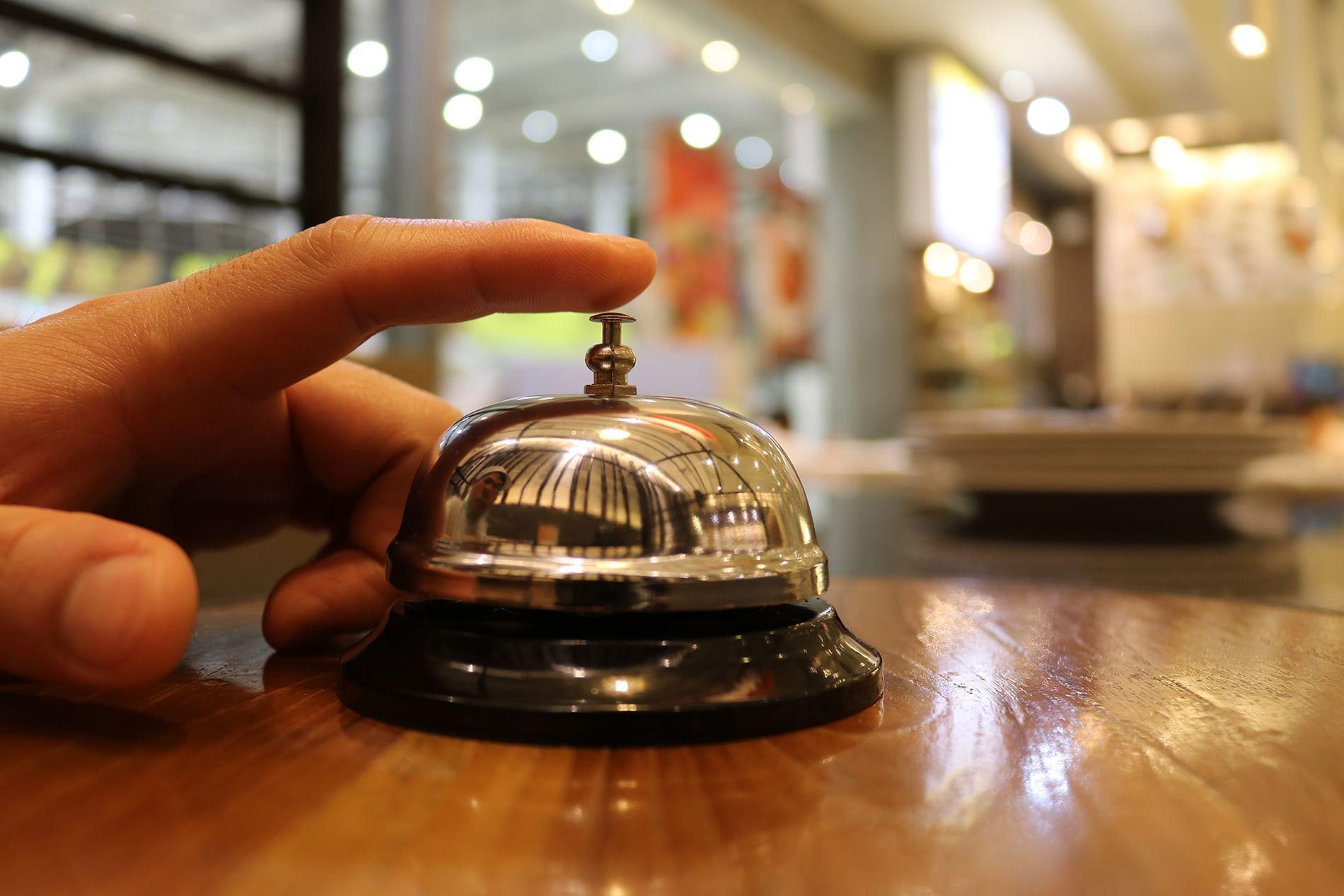hand ringing desk bell