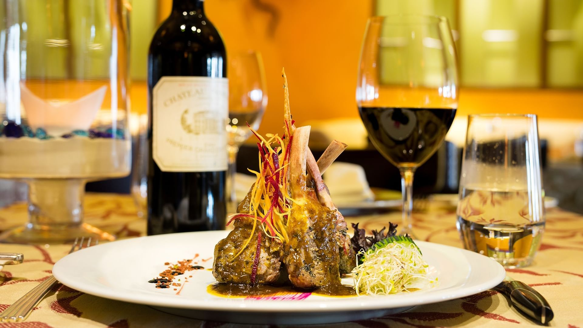 Main dish served with wine at Tabachin Restaurant in Pierre Mundo Imperial