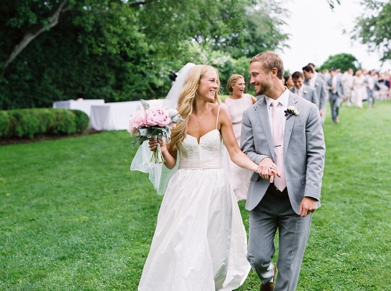 Outdoor Wedding at The Roundtree, Amagansett, Hotel in Hamptons