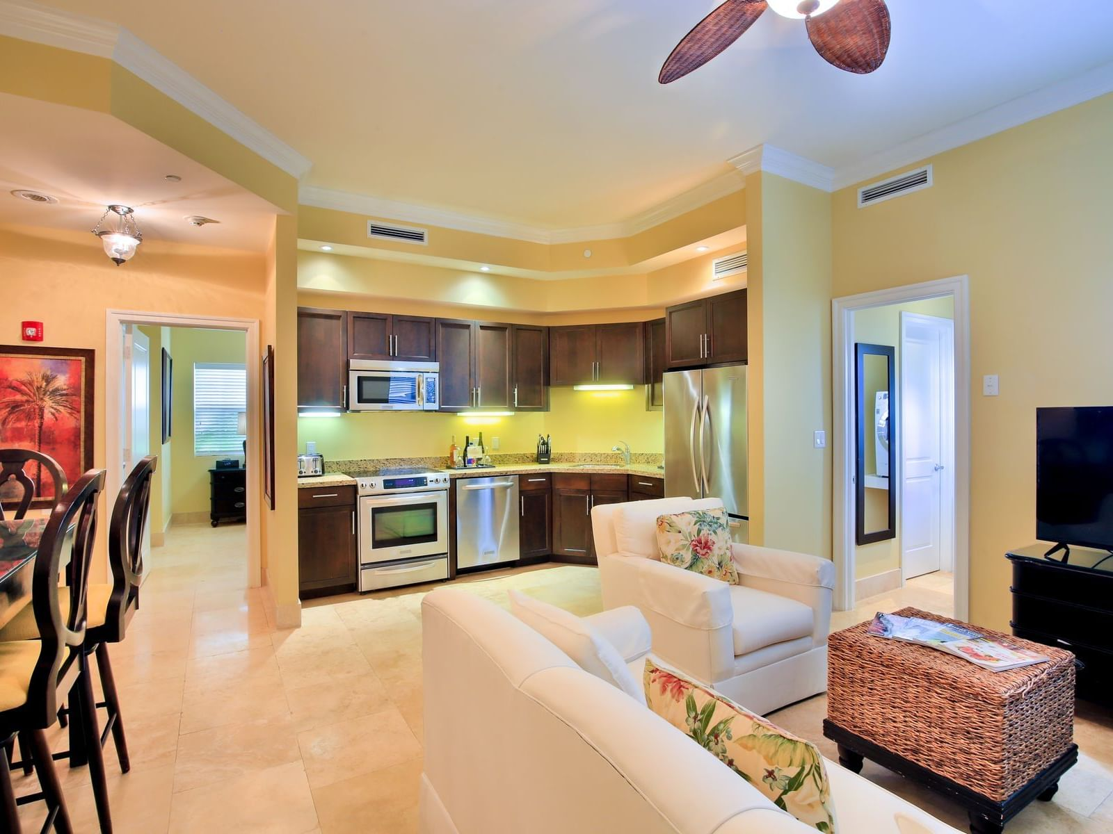 Interior view of 1 Bedroom Suite at Windsong Resort On The Reef