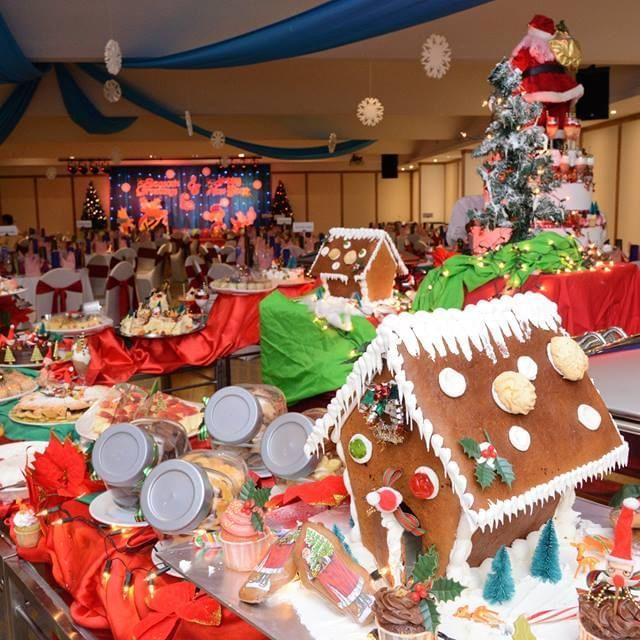 Jolly Children Christmas Fun Fair Party